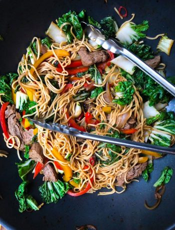 close up of beef stirfry with peppers